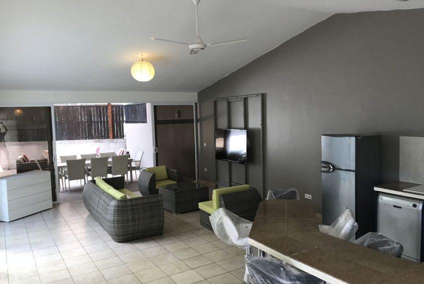 atike-immobilier-tahiti-location-maison-paea-salon